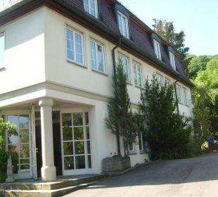 Neueres Nebengebäude Hotel Schloss Döttingen