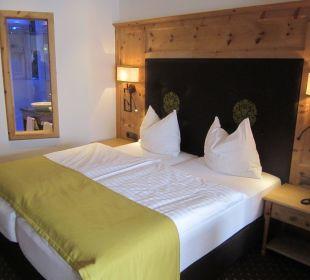 Schick & bequem: Doppelbett Zimmer 310  Sporthotel Ellmau