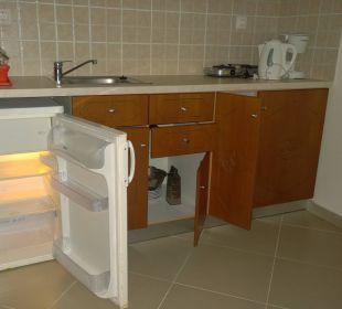 Küchenzeile Hotel Robolla Beach