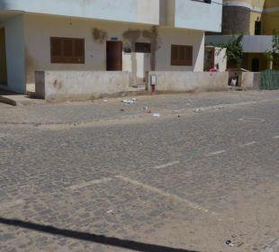 So sieht es draussen in der Gegend des Hotels aus Hotel Pousada da Luz