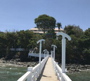 Strand Cape Panwa Hotel