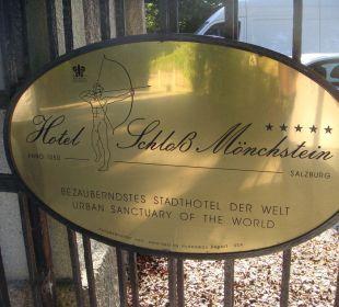 Herzlich Willkommen! Hotel Schloss Mönchstein