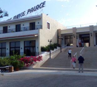 Eingang  Hotel King Minos Palace