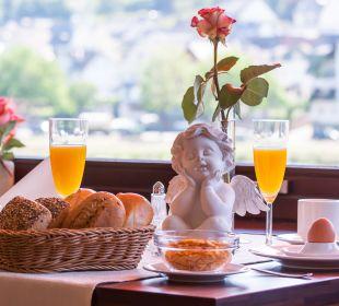 Frühstück Hotel Weinhaus Mayer