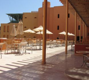 Resturacja na 1 pietrze Strand Beach & Golf Resort Taba Heights