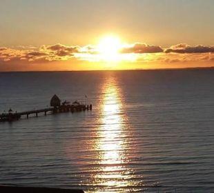 Sonnenaufgang Blick aus Zimmer 904 Carat Golf & Sporthotel Residenz