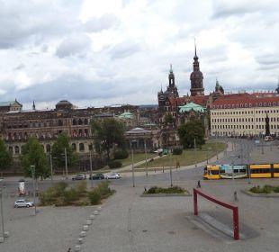 Vom Zimmer Motel One Dresden am Zwinger