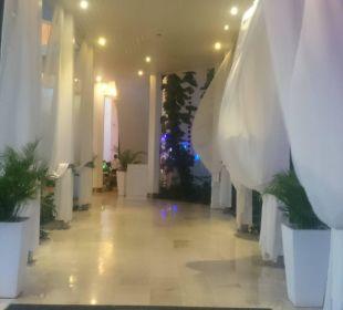 Die einladende Lobby Hotel BlueBay Villas Doradas Adults Only