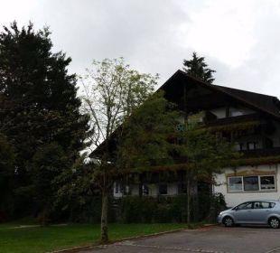 Garten- und Bergseite mit Terrasse (traumhaft!) Hotel zum Friedl