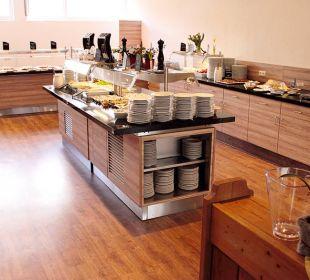 Neuer Büffetbereich mit rostfrischen Kaffeespez. Die Gams Hotel - Resort