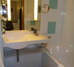 Bad, sehr klein Hotel Novotel München City
