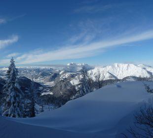 Traumhafter Blick vom Berg Erlebnishotel Tiroler Adler