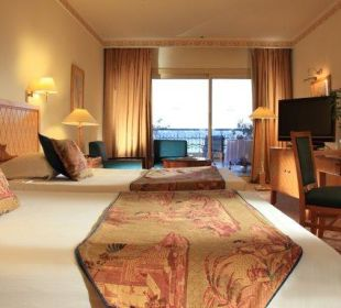 Superior room Steigenberger Hotel Nile Palace