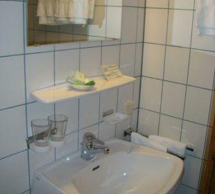Blick ins Badezimmer Hotel Das Platzl