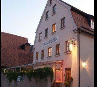 Mit überdachtem Biergarten Landgasthof Zum Schnapsbrenner