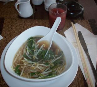Thai-Suppe zum Frühstück Hotel Mukdara Beach Villa & Spa Resort