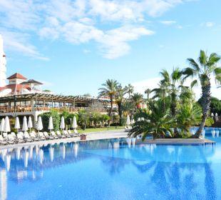 Riesiger Pool Bellis Deluxe Hotel