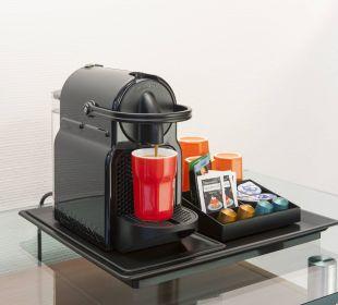 Kaffemaschine in einigen Zimmern Hotel Basel