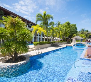 Pool Access Zimmer La Flora Resort & Spa