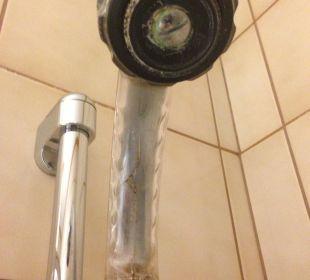 Schimmel in der Dusche Hotel Karnia