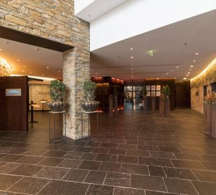 Zugang zu den Restaurants Kempinski Hotel Berchtesgaden