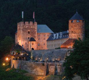 Burg bei Nacht Burghotel Deutschlandsberg