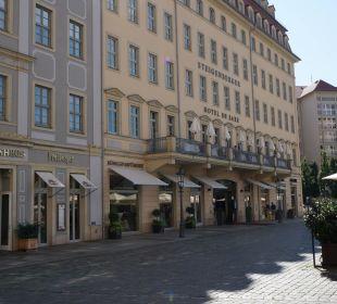 Kein Verkehr nur Fußgänger Steigenberger Hotel de Saxe