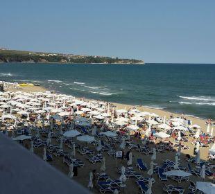 Blick auf dem Strand vom Balkon Sol Luna Bay & Mare Resort