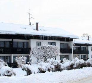 Wohnanlage mit Schnee Ferienwohnanlage Oberaudorf