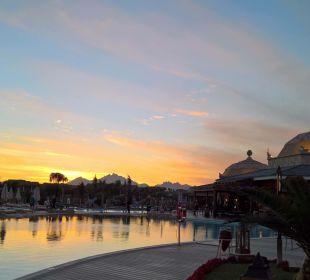 Sonnenuntergang am Pool Jungle Aqua Park