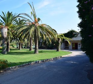Zufahrt Hotel St. George's Bay Country Club
