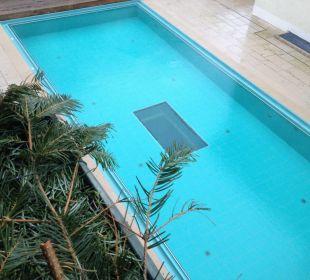 Blick auf dem Pool 28 Grad auch im Winter Strandhotel Heringsdorf