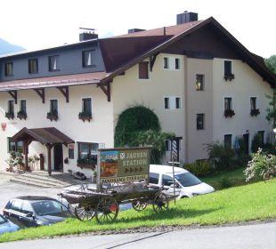 Der Alpengasthof mit Parkplatz Alpengasthof Köfels