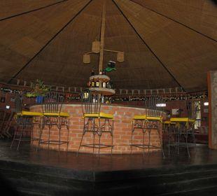 Bar mit viel Frischluft Octagon Safari Lodge