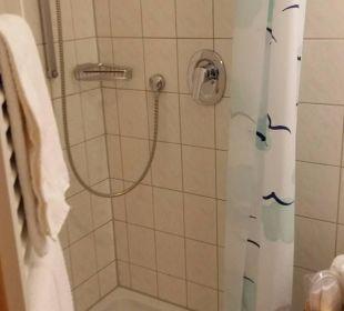 Dusche im Bad Landhotel Talblick