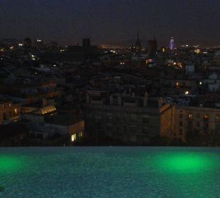 Aussicht auf die Stadt von der Dachterrasse Hotel Andante