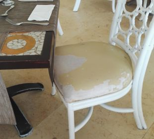 Stühle im hauptrestaurant Now Larimar Punta Cana