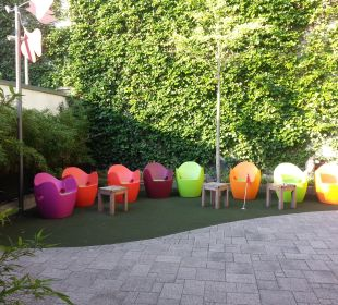 Chillout im Hinterhof art & business hotel