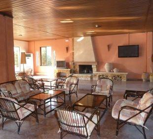 Sitzecke im Eingangsbereich Hotel Paradise Corfu