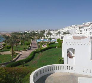 Blick zur Nachbaranlage Hotel Continental Plaza Beach