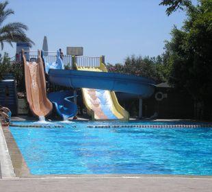 Einer der beiden Pools Hotel Oleander