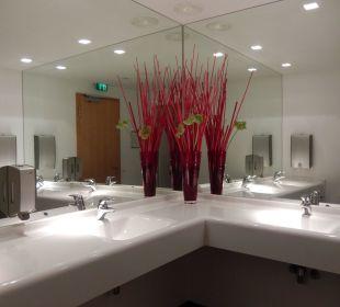 WC bei Restaurant ARCOTEL Rubin