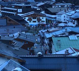 Blick vom Balkon direkt auf die Talstation  Pension Pepi Eiter