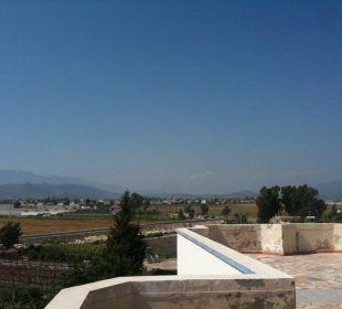 Ausblick von der Dachterrasse Hotel Orkinos