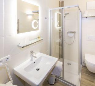 Familienappartement Alpbachtal (52 m2) Dusche/WC Angerer Familienappartements Tirol