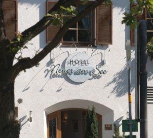 Haupteingang Hotel Neuer am See