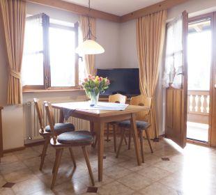 App 4 Wohnzimmer Landhaus Franziskus