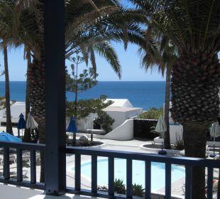 Blick vom Balkon zum Pool Bungalows & Appartements Playamar