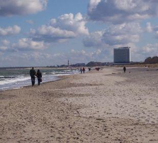 Strandansicht Westseite Hotel Neptun