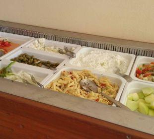 Salat und Obstbar für All In Gäste Strandbar Vantaris Beach Hotel